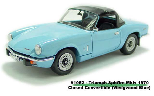 Sun Star: 1970 Triumph Spitfire MK IV Closed Convertible - Wedgwood Blue (1052) in 1:18 scale