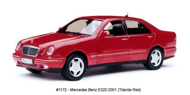 Sun Star: 2001 Mercedes-Benz E320 - Titanite Red (1172) в 1:18 масштабе