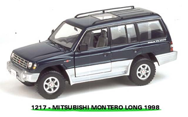 Sun Star: 1998 Mistubishi Montero Long 3.5 V6 - Navajo Green Peal (1217) in 1:18 scale