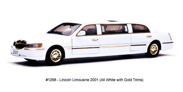 Sun Star: 2001 Lincoln Limousine - All White (1268) in 1:18 scale