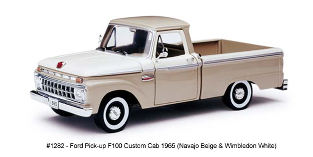 Sun Star: 1965 Ford F-100 Pick Up Custom Cab (1282) in 1:18 scale