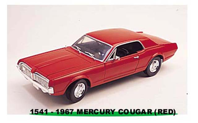 Sun Star: 1967 Mercury Cougar - Cardinal Red (1541) in 1:18 scale
