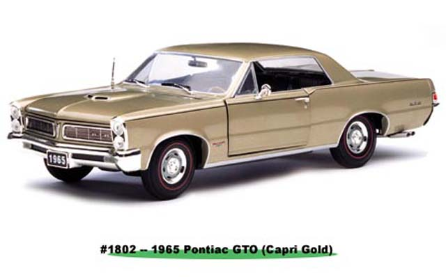 Sun Star: 1965 Pontiac GTO - Capri Gold (1802) in 1:18 scale
