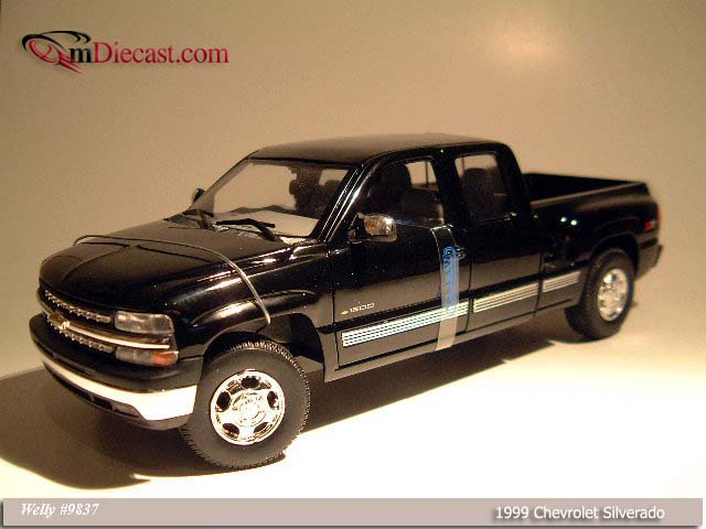 Welly: 1999 Chevrolet Silverado SB Black (9837) в 1:18 масштабе