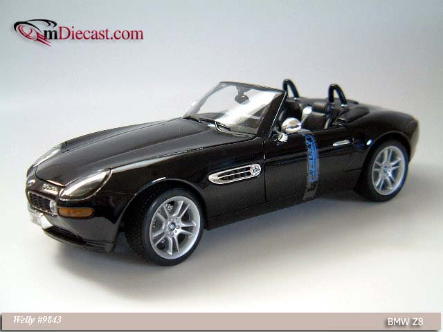Welly: BMW Z8 - Black (9843) in 1:18 scale
