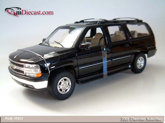 Welly: 2001 Chevrolet Suburban - Black (9854) in 1:18 scale
