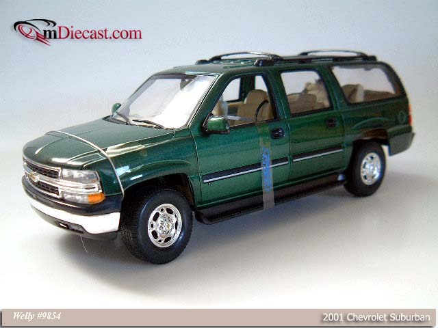 Welly: 2001 Chevrolet Suburban - Green (9854) в 1:18 масштабе