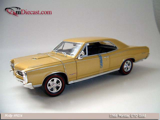 Welly: 1966 Pontiac GTO - Gold (9856) в 1:18 масштабе