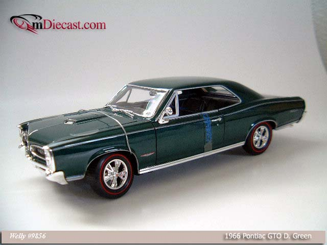 Welly: 1966 Pontiac GTO - Dark Green (9856) в 1:18 масштабе