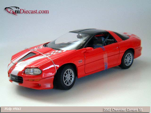 Welly: 2002 Chevrolet Camaro SS 35th Anniversary Edition (9861) в 1:18 масштабе