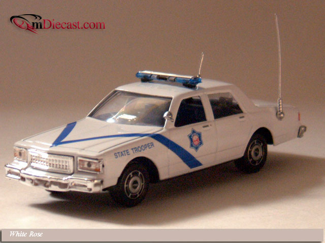 White Rose Collectibles: 1988 Chevrolet Caprice Arkansas Highway Patrol (DEDGM99107WAK) в 1:43 масштабе